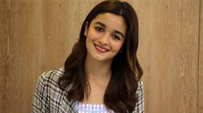 Alia Bhatt turns producer, announces to set up her own production company