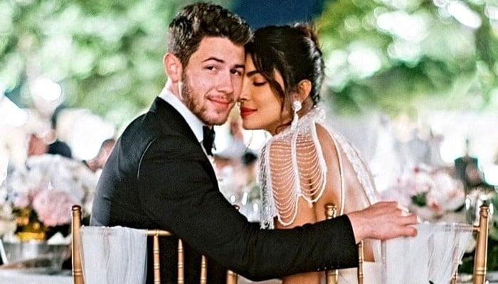 Nick Jonas says he felt disconnected from Priyanka Chopra while she was filming in Germany - Geo News
