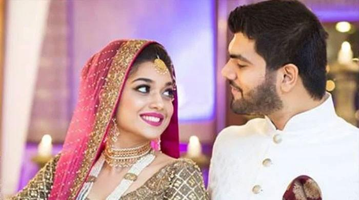 Sanam Jung sets the record straight about her divorce rumours