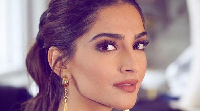 Sonam Kapoor craving to see her family, friends desperately