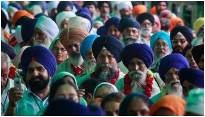Sikh pilgrims from India reach Pakistan for Baisakhi