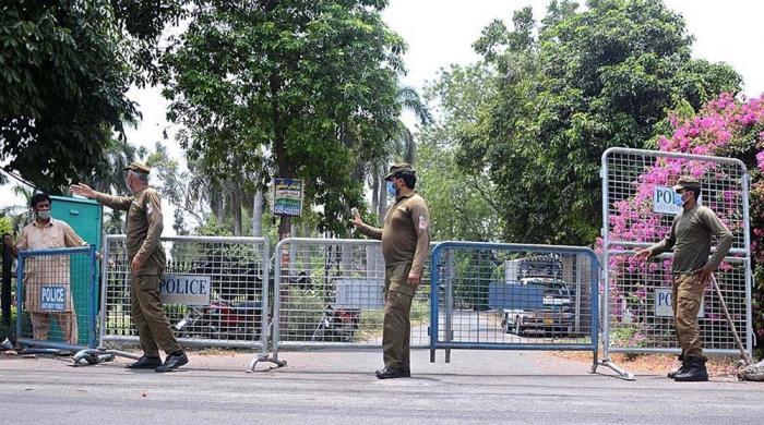 Coronavirus: Authorities mull over imposing complete lockdown in Lahore
