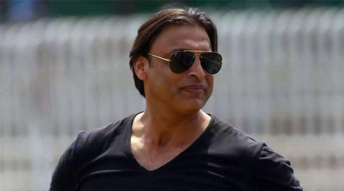Twitter lashes out at Shoaib Akhtar for criticising Babar Azam after 2nd T20