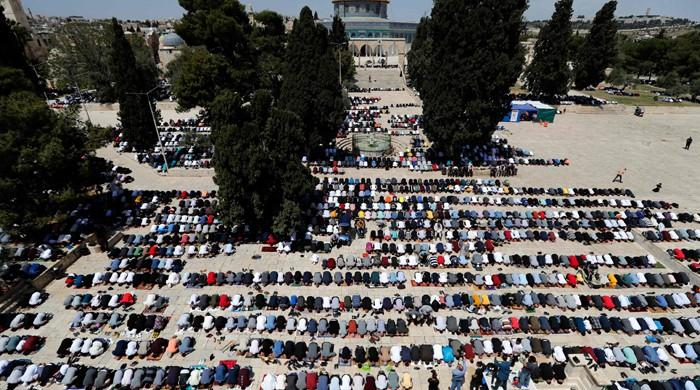 Palestinians hold prayers in Aqsa mosque in largest Ramadan gathering since pandemic