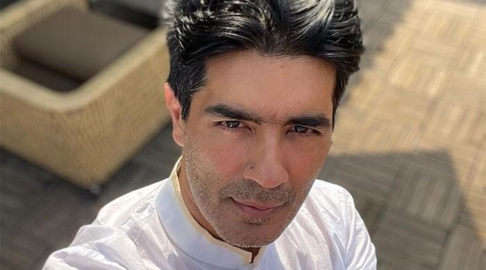 Manish Malhotra isolates himself after testing Covid-19 positive