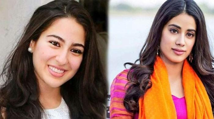 Sara Ali Khan, Janhvi Kapoor's workout video goes viral