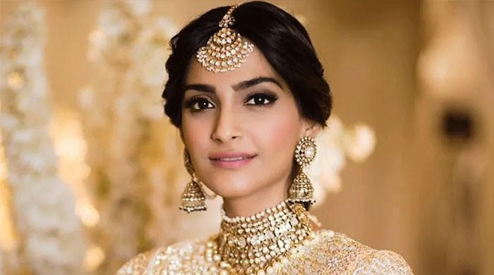 Sonam Kapoor releases a covid-19 safety guide for fans