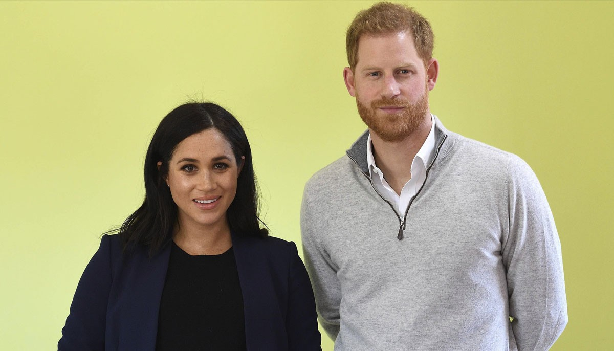 Prince Harry, Meghan Markle 'desperate to prove themselves - Geo News