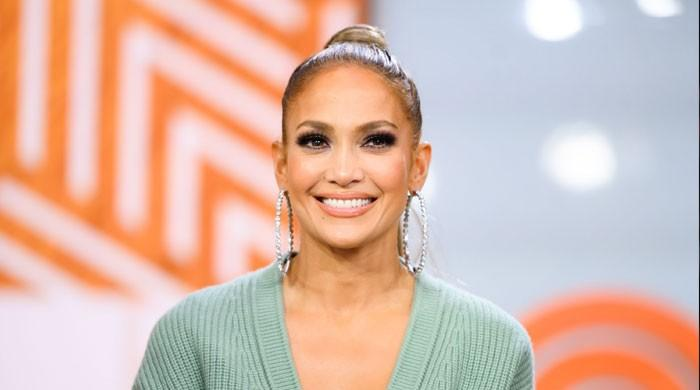 Jennifer Lopez relying on 'comforting' pal after Alex Rodrigo split