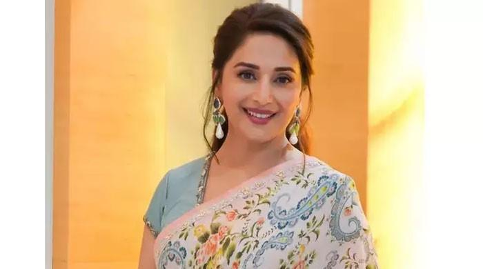 Madhuri Dixit reminisces over 'Anjaam' release