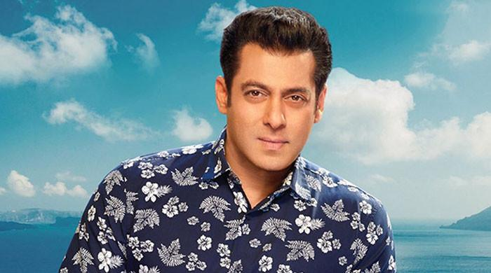 Salman Khan announces advance booking for 'Radhe'