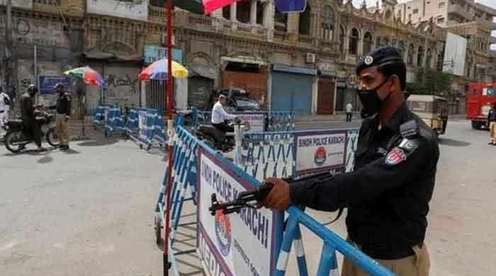 'Smart' lockdown imposed in four towns of Karachi's District Central