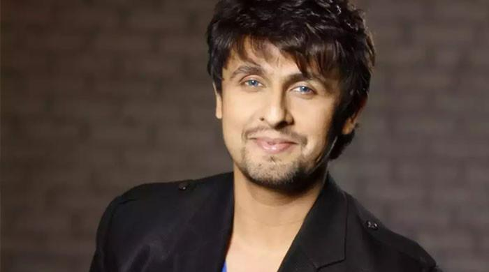 Sonu Nigam highlights the dire need for blood donation drives