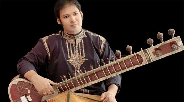 Sitar player Prateek Chaudhary dies of Covid-19