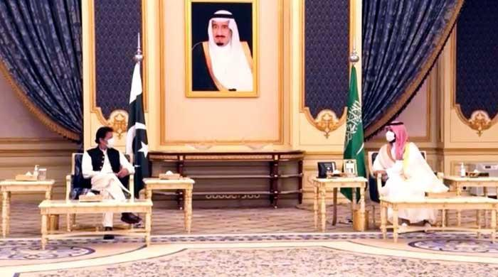 PM Imran Khan, Saudi Crown Prince Mohammed bin Salman hold delegation-level talks
