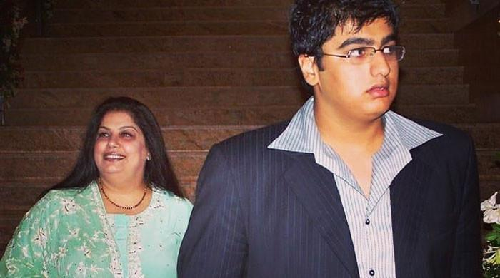 Arjun Kapoor shares an emotional post to remember his late mother