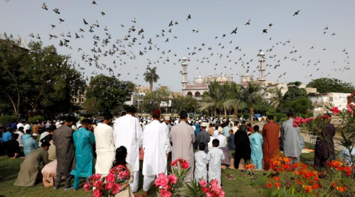 Pakistan observes Eid-ul-Fitr under strict coronavirus lockdown