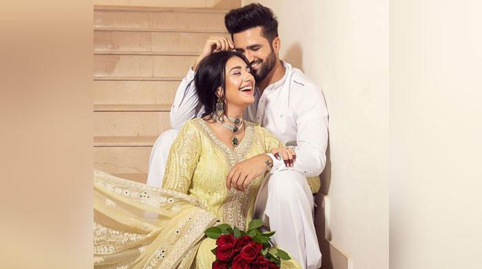 Sarah Khan, Falak Shabir mark Eid celebrations with PDA-filled snaps