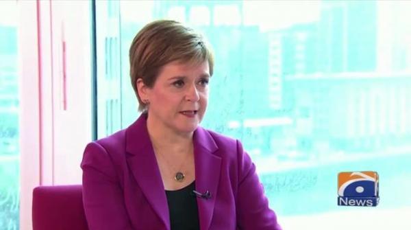اسکاٹ لینڈ نے COVID-19 پابندیوں کو آسان کردیا