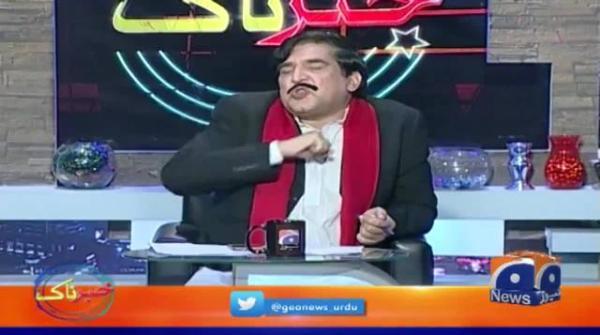 اسکول پرنسپل کو شیخ رشید ڈمی کے سامنے ہاتھ کیوں جوڑنا پڑے...؟؟