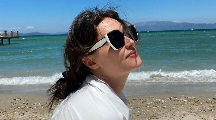 Esra Bilgic looks ethereal in her latest photos