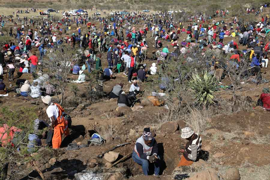 Fortune seekers are seen as they flock to the village of KwaHlathi outside Ladysmith, in KwaZulu-Natal province, South Africa, June 14, 2021. — Reuters/Siphiwe Sibeko