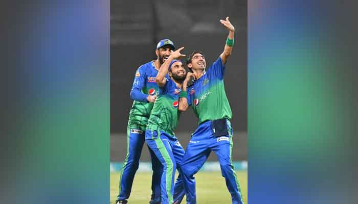 Multan Sultans players Imran Tahir, Shan Masood and Shahnawaz Dahani celebrate after dismissing a Quetta Gladiators batsman. Photo: PSL