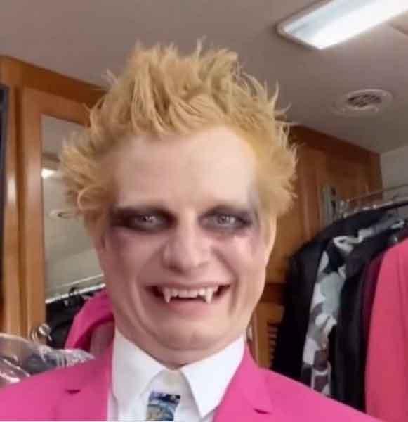 Ed Sheeran turns joker for Bad Habits video