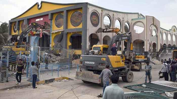 15% demolition at Aladdin Park, Pavilion End Club complete: anti-encroachment director
