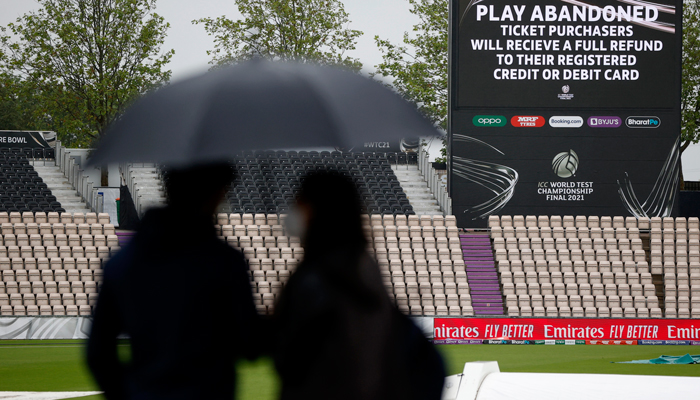 A general view of spectators as play is abandoned on day four of the World Test Championship Final between India and New Zealand at the Rose Bowl, Southampton. Photo Reuters