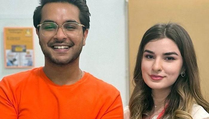 Zara Naeem Dar shares fangirl moment with Asim Azhar: See Photo