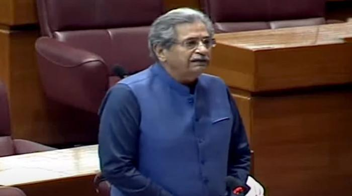 Exams of classes 9, 10, 11, 12 will take place, come what may: Shafqat Mehmood