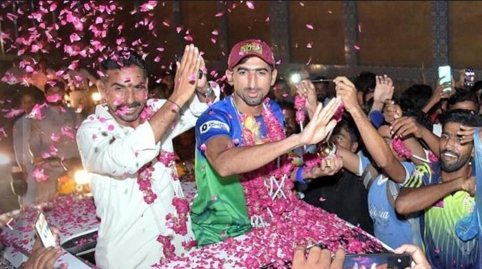 Hundreds in Larkana give Shahnawaz Dahani a hero's welcome