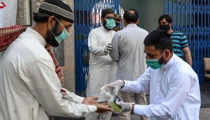 Pakistans coronavirus positivity rate nears 3%, active cases go over 33,000
