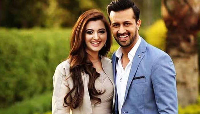 Atif Aslam hilariously accuses Sara Bharwana for spending all his money on makeup