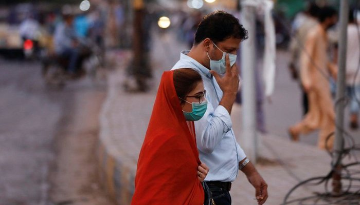Pakistans coronavirus positivity rate crosses 4% for second time in three days