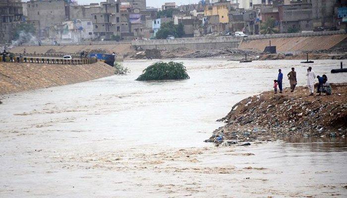 Sewage water in Karachi. Photo: File