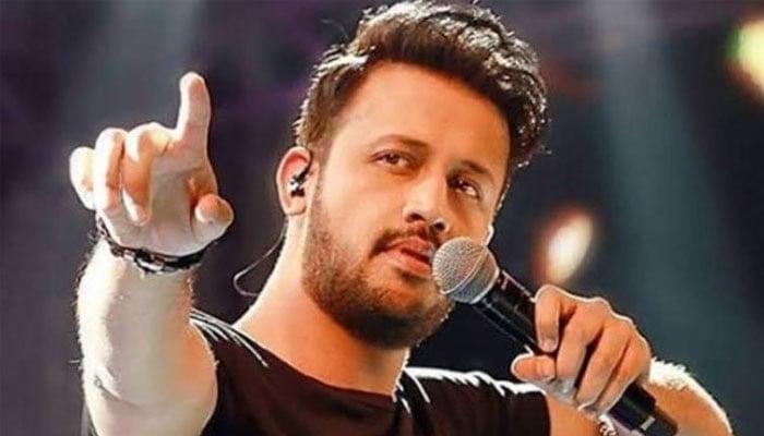Is Atif Aslam planning to revamp iconic track 'Aadat'?