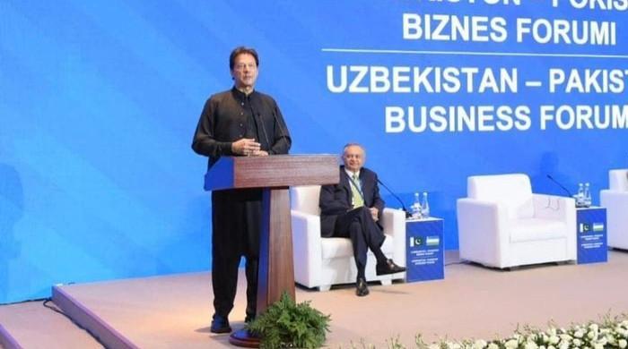 Govt to amend NAB laws, PM Imran Khan assures Pakistani businessmen in Tashkent