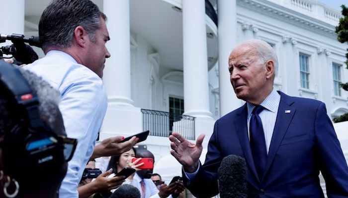 U.S. President Joe Biden talks to the media as he departs for a weekend visit to Camp David from the White House in Washington, U.S., July 16, 2021. Photo: Reuters
