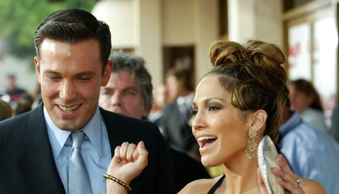 Ben Affleck and Jennifer Lopez searching for houses in upscale LA neighbourhood - Geo News