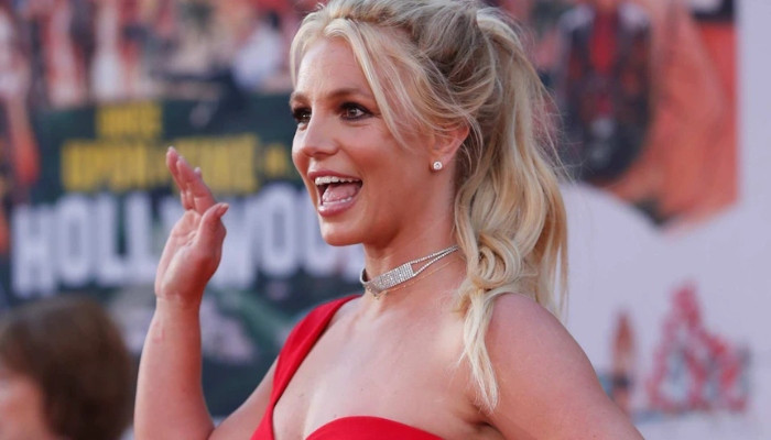 Britney Spears cryptic post points fingers at people closest to her - Geo News