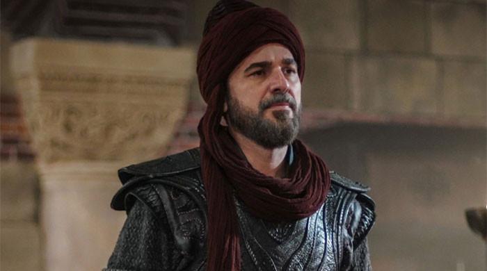 'Ertugrul' star Engin Altan Duzyatan wishes Eid Mubarak to all his fans