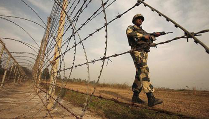 A soldier standing guard at the Line of Control between Pakistan and India. Photo: File