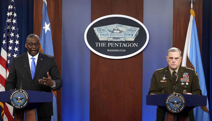US Defense Secretary Lloyd Austin (left) and chairman of the US joint chiefs of staff General Mark Milley.