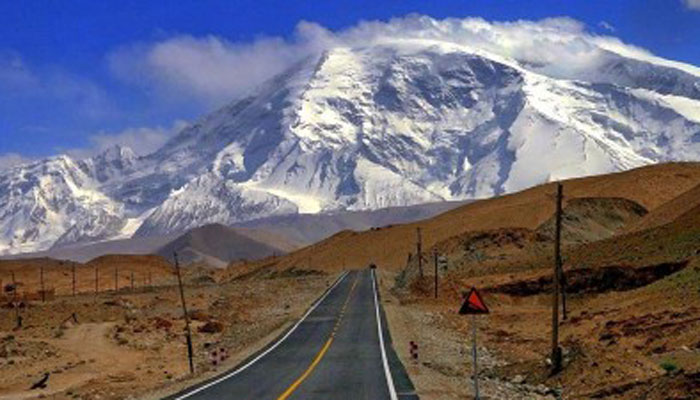 Tourists stranded pursuing  closure of Karakoram Highway, landslide successful  Chilas
