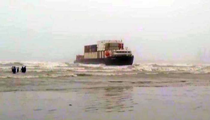 Cargo ship stuck at Karachis Seaview for second day
