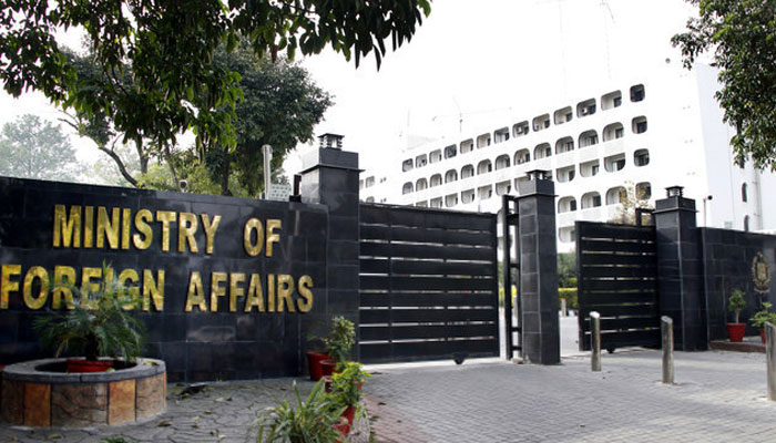 FO warns India to refrain from smear run  against Pakistan