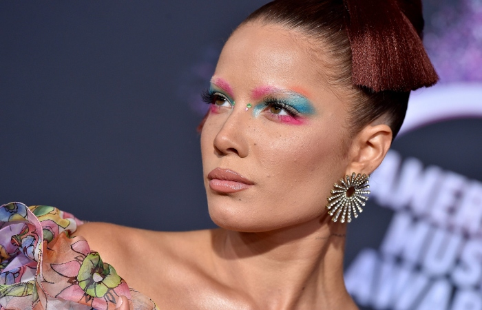 For the unversed, Halsey goes by the she/they pronouns