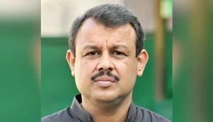 Journalist Asad Kharal remanded into police custody till Sunday